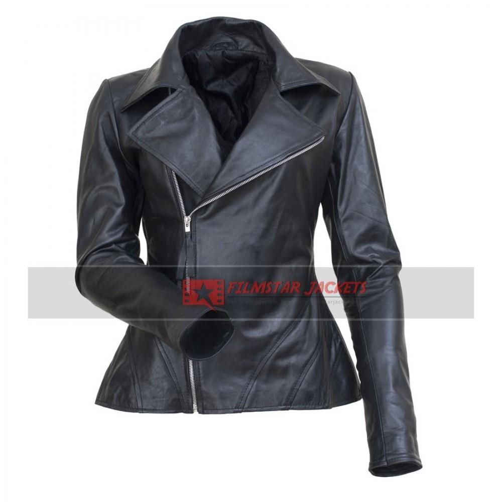 Anne Hathaway Black Jacket